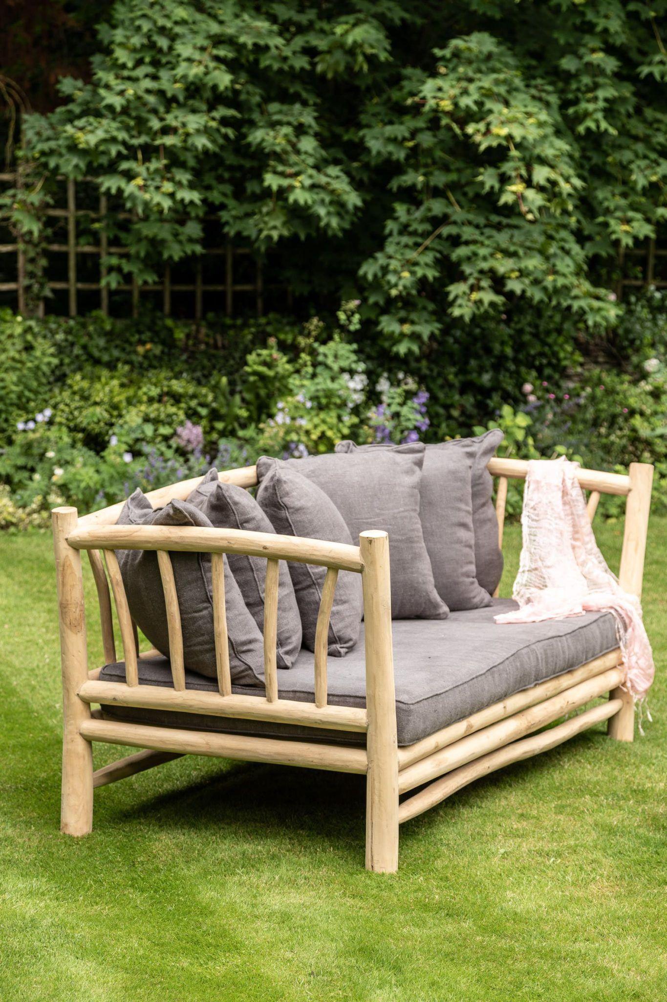 branchwood-sofa-in-situ-1