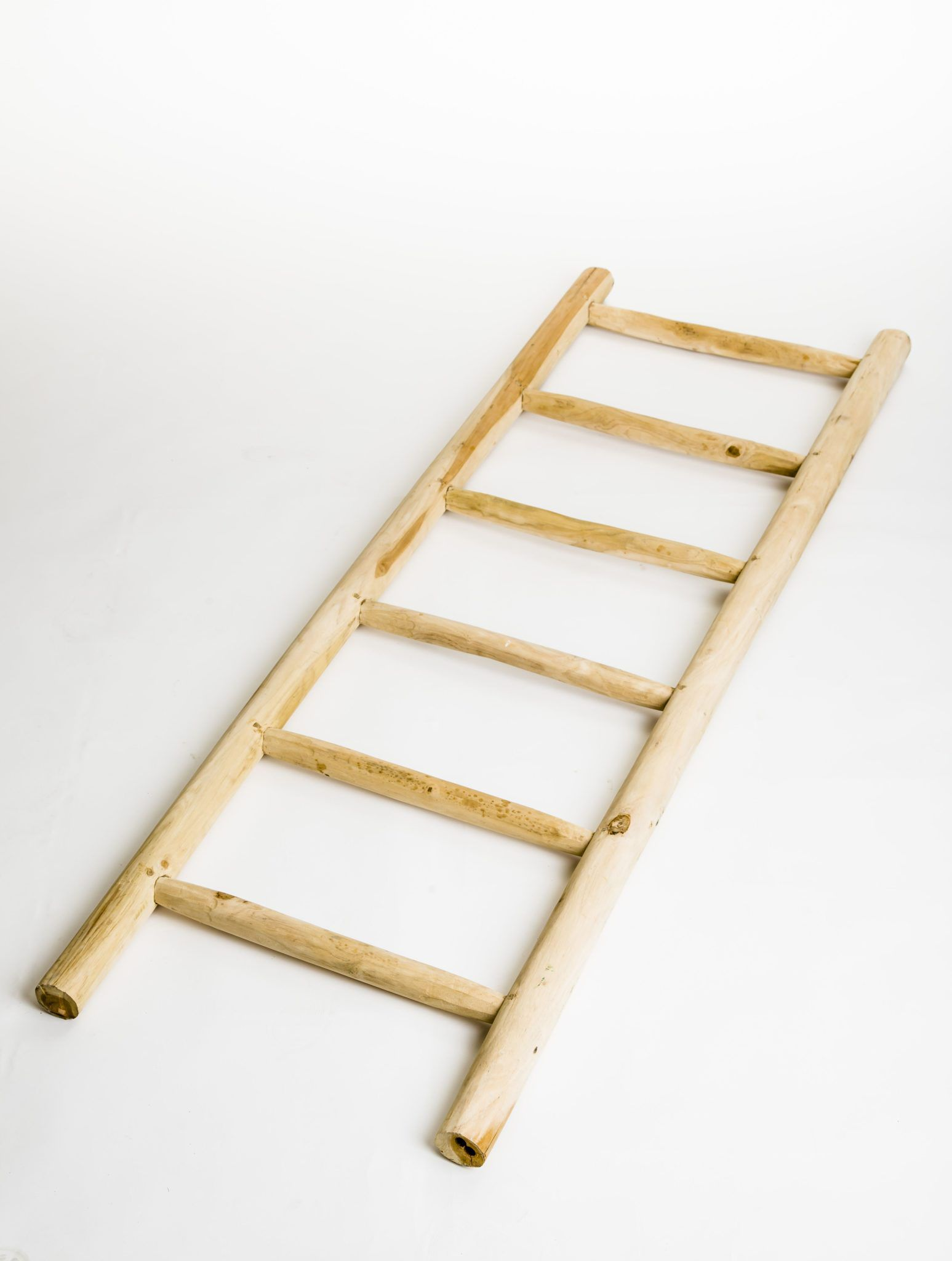 branchwood-towel-ladder-swatch