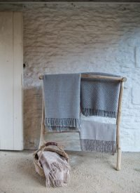 branchwood towel rail