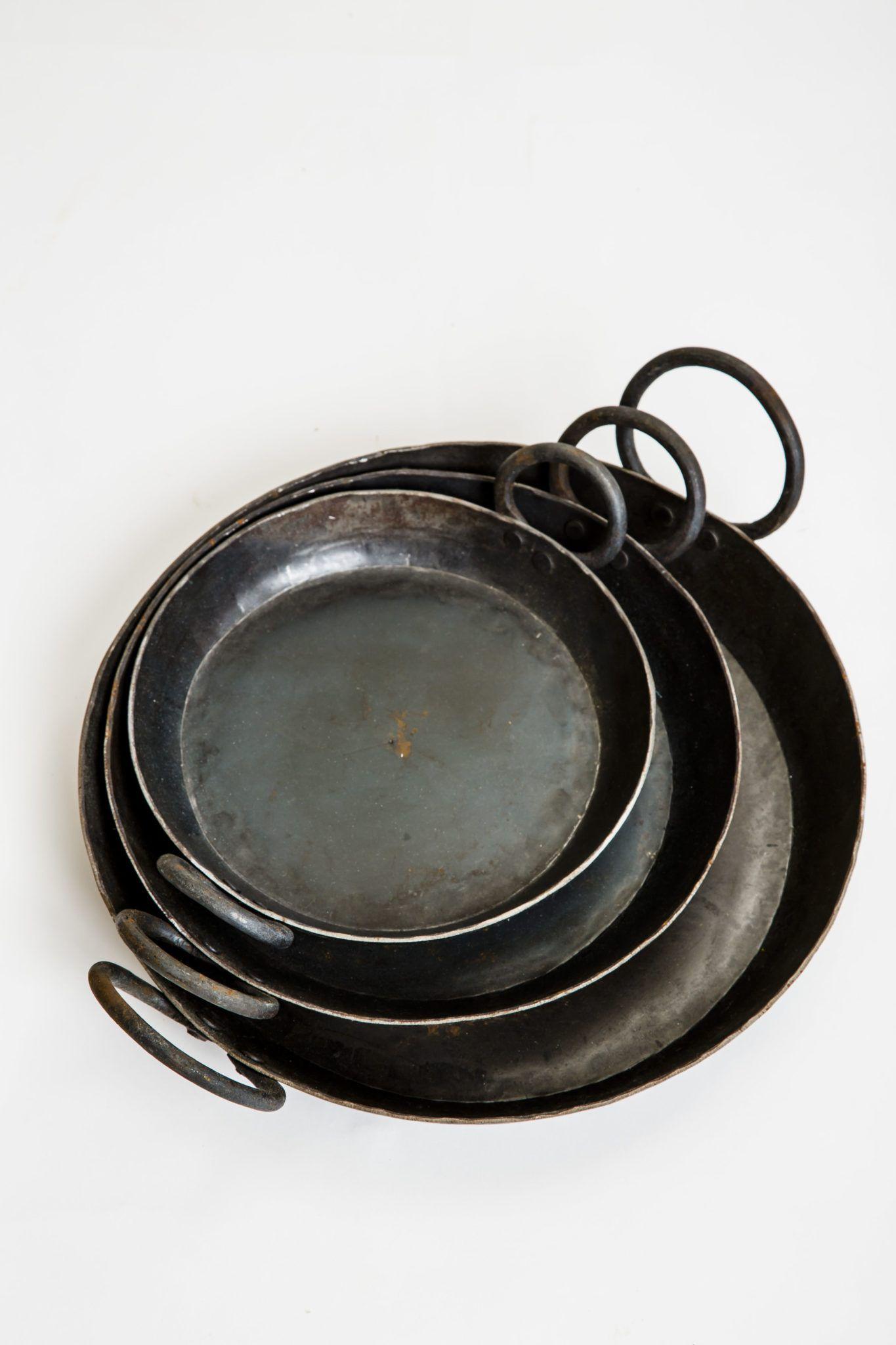 firepit-iron-skillets-swatch