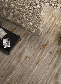 wood effect porcelain tiles hazelnut