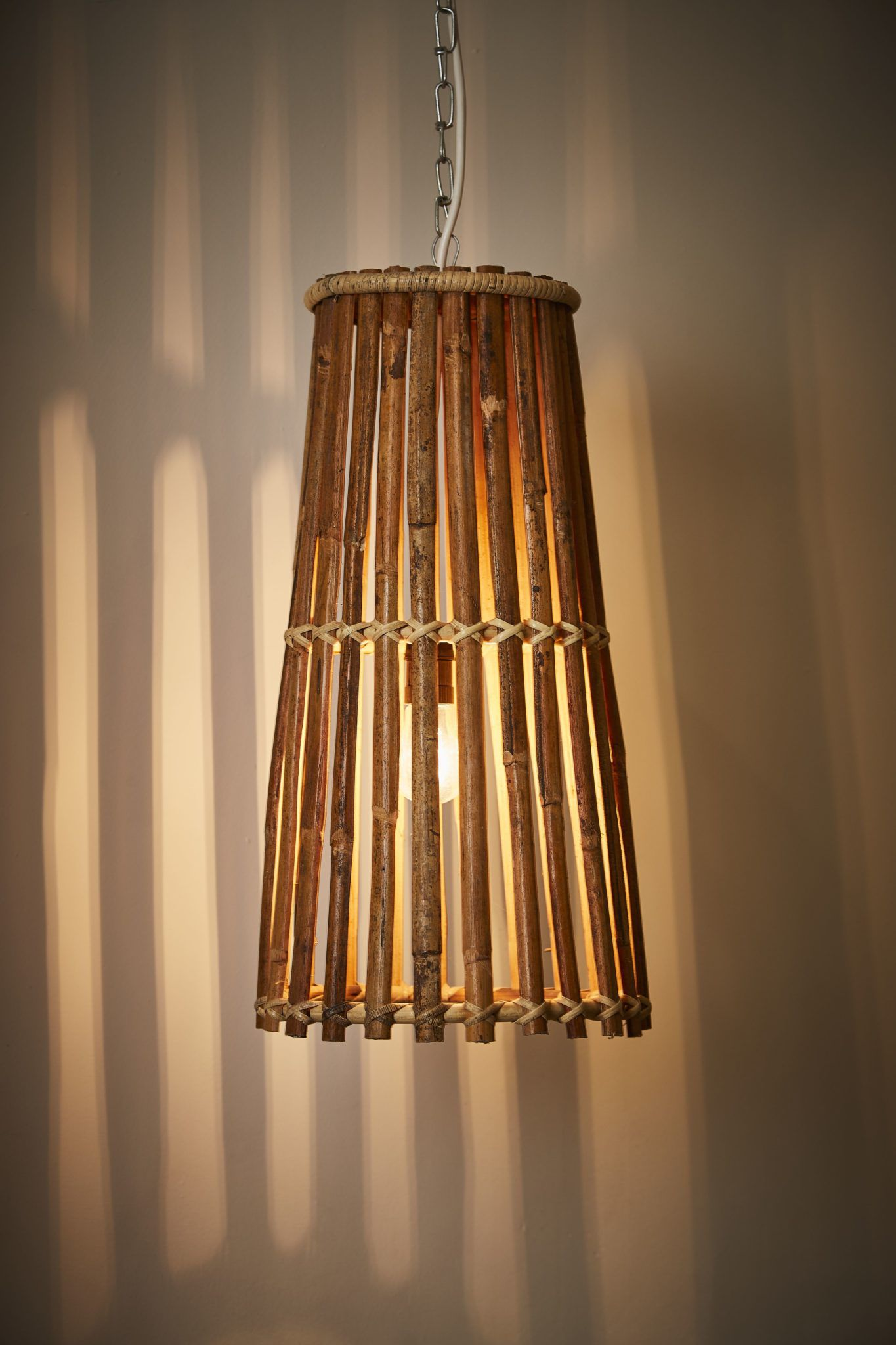 rattan-pendant-in-situ-1
