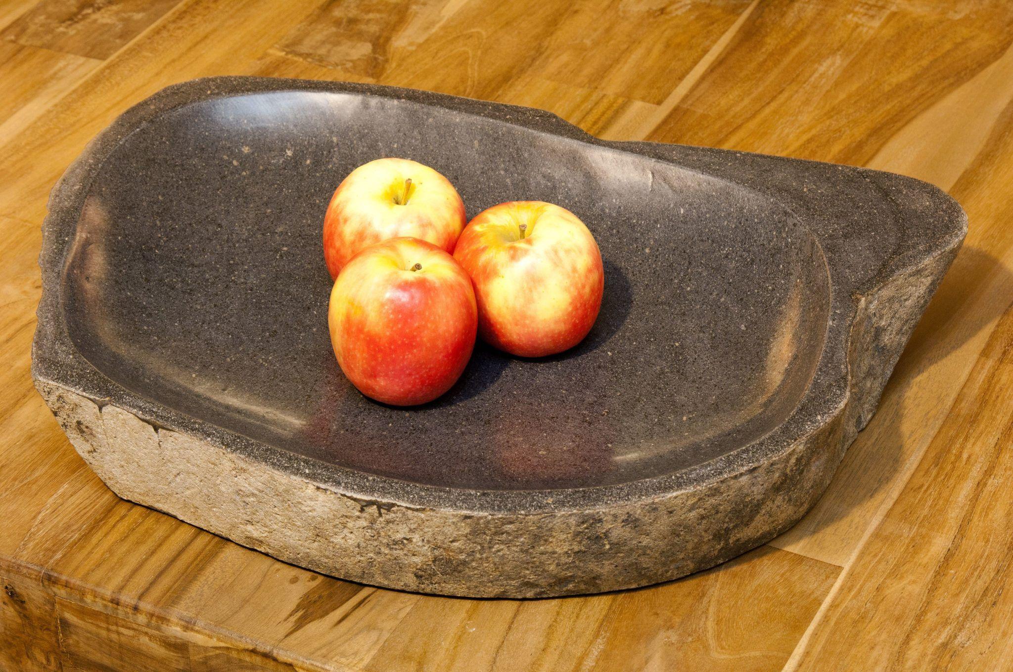 riverstone-fruit-dish-in-situ-1