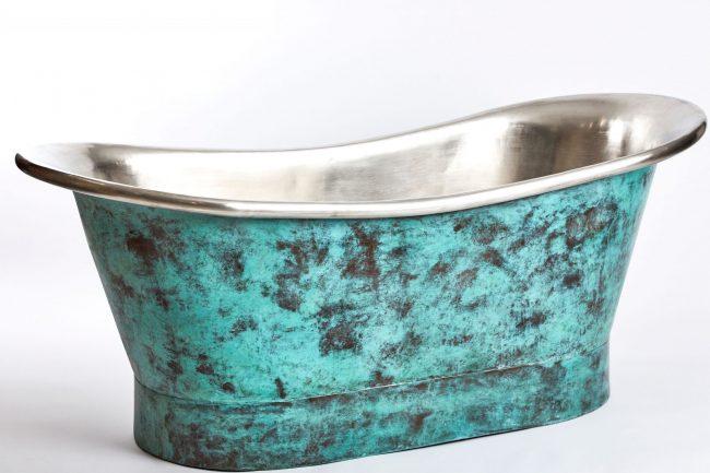 Oxidised copper bath tub