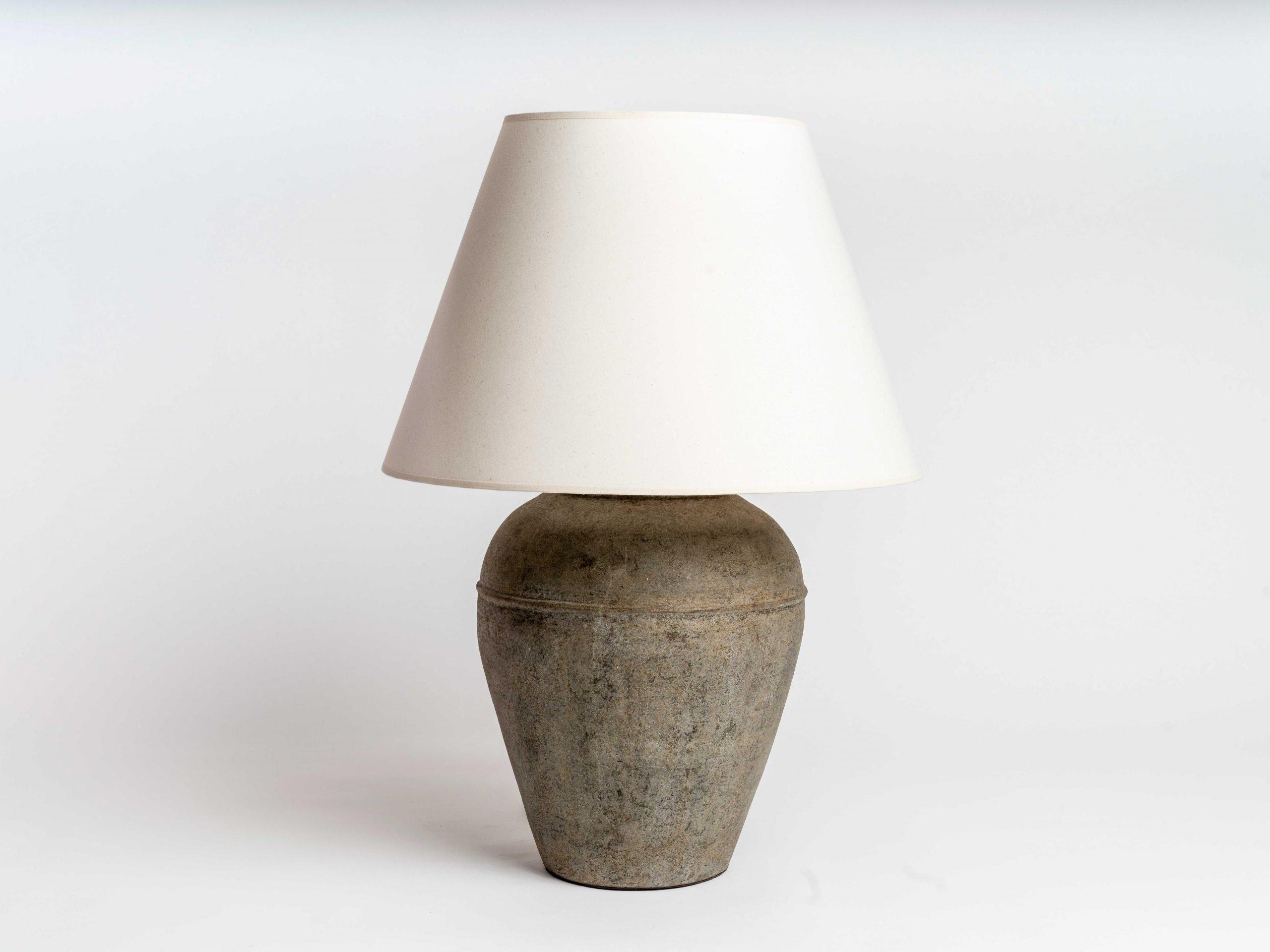 windrush-terracotta-lamp-swatch