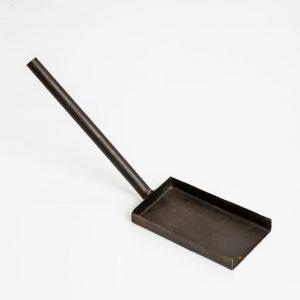 fire pit shovel Indigenous UK